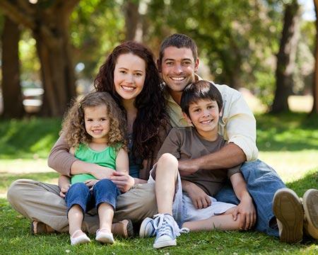 משפחה שמחה - מרכז אמנות הטיפול